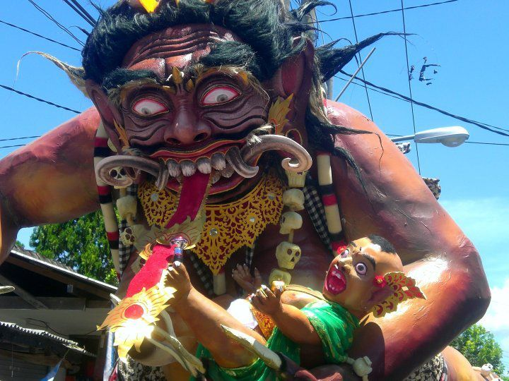 Ogoh-ogoh are statues built for the Ngrupuk parade